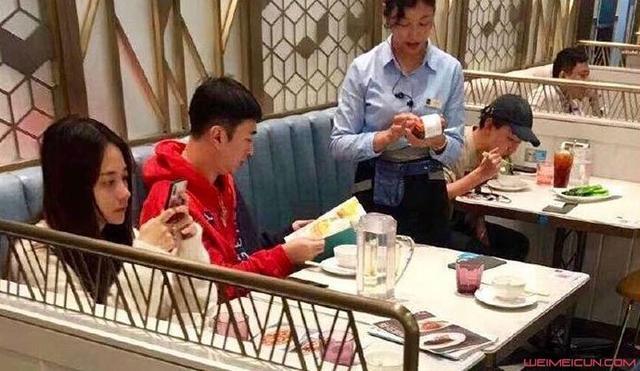 王思聪和网红约饭 其前男友竟是《变形记》主人公
