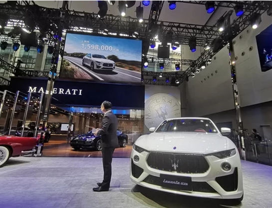 一年一度的广州国际车展正式开幕 广州车展4大豪车看花眼