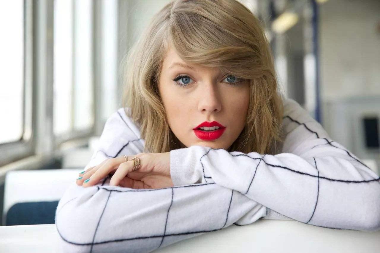 霉霉吸金八千万美元 成年度第二高收入女歌手