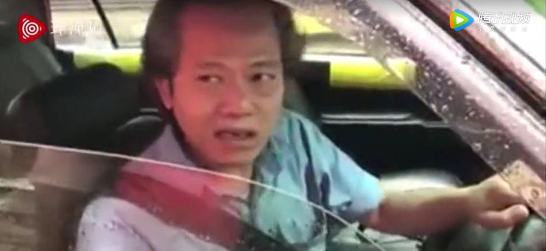 香港的哥怒怼港独:香港就是中国的