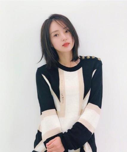 董璇晒短发造型被赞像十八岁 网友:佟丽娅你胖了!