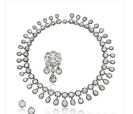 200年前王室珠宝拍卖 令人惊叹的卓越工艺