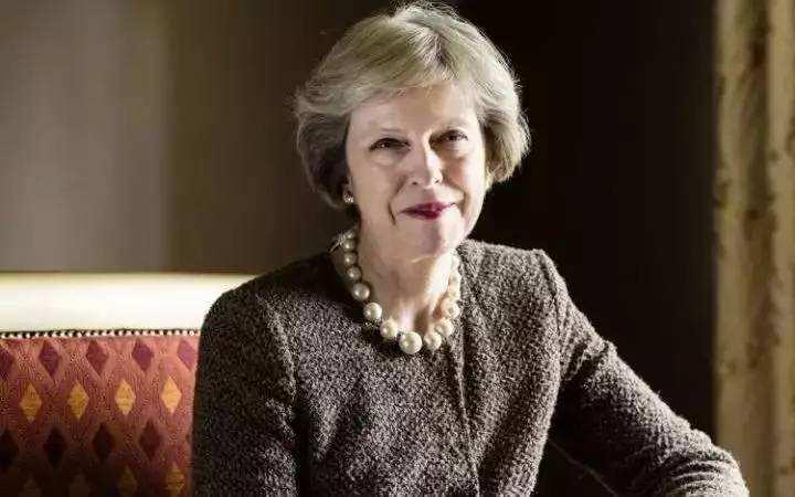 梅姨称英国和美国正在推动贸易协定