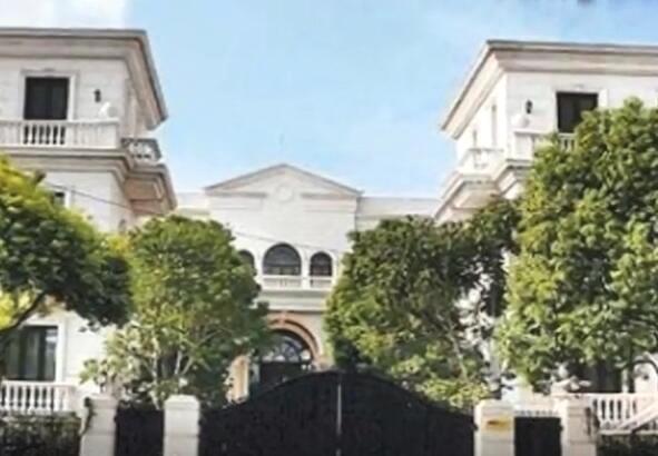 李连杰3亿豪宅曝光 荒废七年之久如今变成保安宿舍