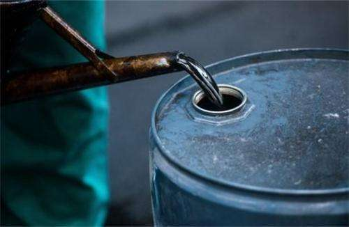 加拿大艾伯塔省运力不足 1月起将削减原油产量