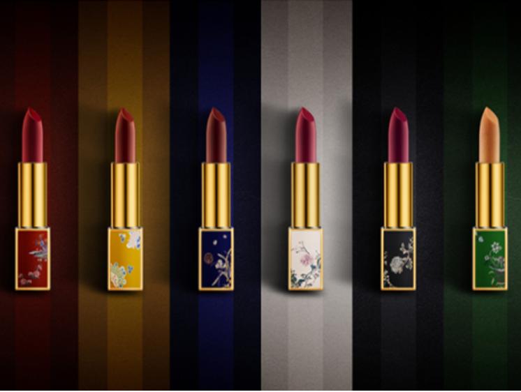 国产美妆品牌润百颜与故宫联名推出口红系列