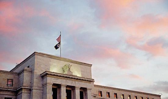 特朗普多次抨击美联储 再次指责美联储加息拖累股市