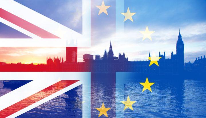 脱欧协议草案引发政治风暴