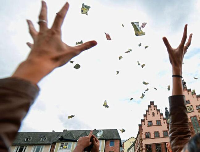 """虚拟货币领域大赚 香港撒币""""劫富济贫""""?"""