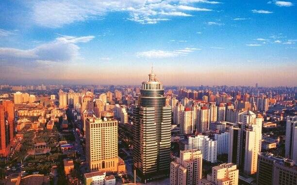 深圳市石岩外环路计划于春节前完成沥青层铺设