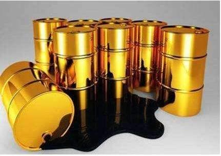 美国页岩油持续暴增 供给过剩加剧引发油价暴跌