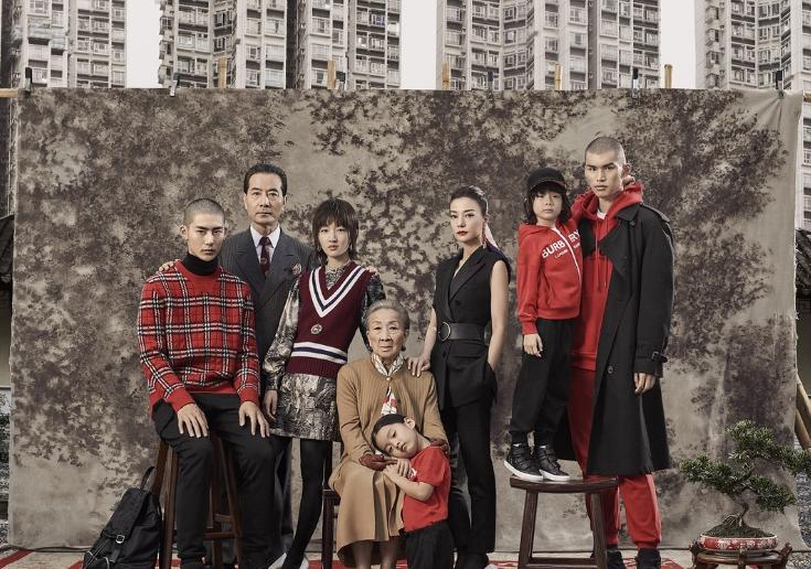 博柏利(Burberry) 全球发布其2019中国新年广告大片:摩登新禧