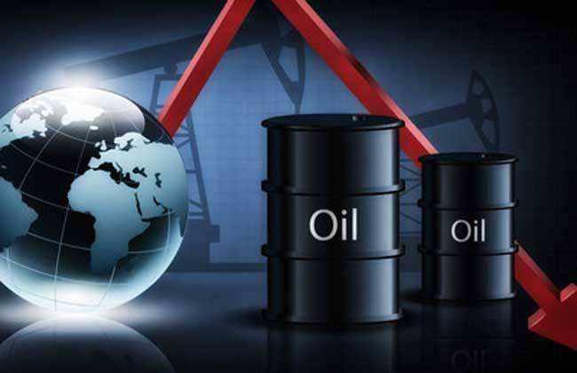 国际油价周四盘中跌幅缩减 美元反弹限制油价上行
