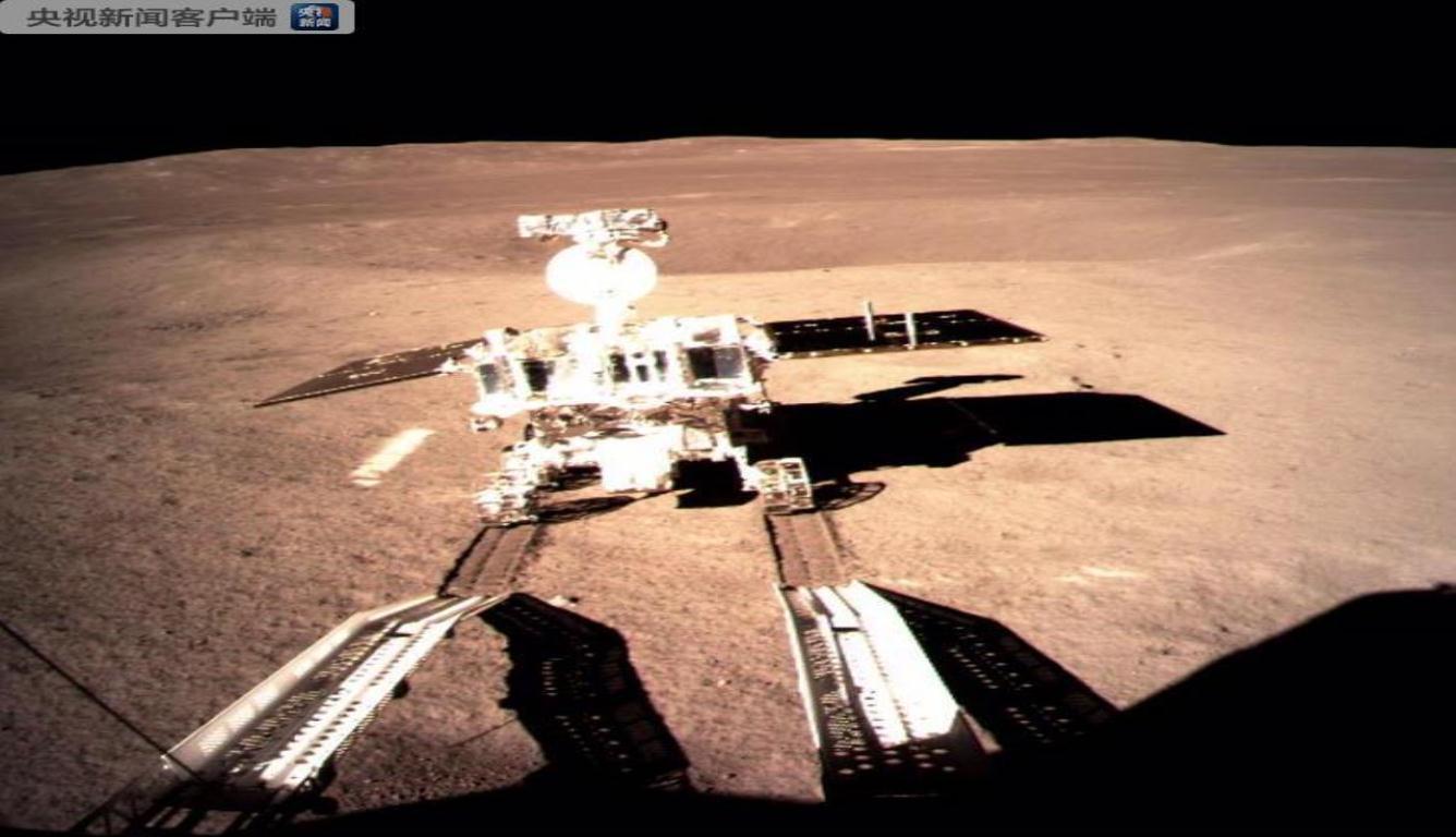 玉兔二号成功唤醒 继续展开对月球背面的巡视探测