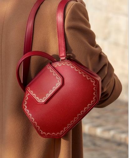 卡地亚推出全新Guirlande de Cartier系列手袋