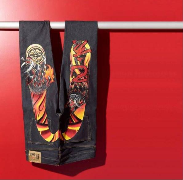 日系街头潮牌EVISU为大家带来猪年限量生肖牛仔裤