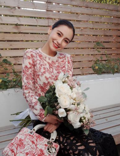 迪奥 (Dior) 推出2019中国农历新年限定系列 李冰冰、Angelababy倾情演绎