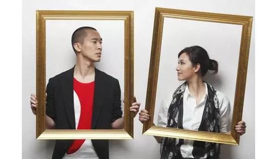 徐静蕾黄立行结婚 好友刘春的一条评论暴露了