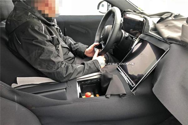 奔驰全新S级车型内饰谍照曝光 搭载L3级驾驶辅助系统