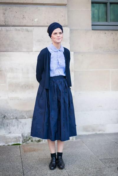 开春服装流行趋势示范 针织衫显瘦减龄少女感十足