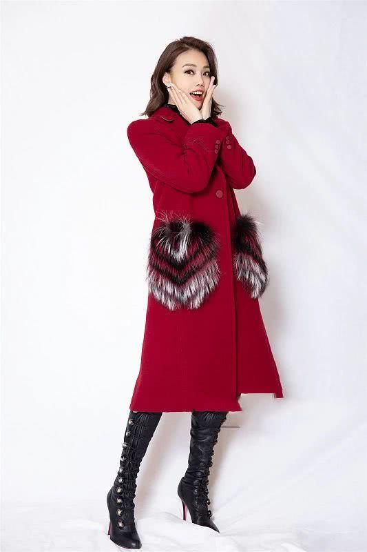 容祖儿的红火搭配 展现她的不俗衣品