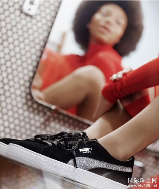 运动品牌PUMA携手施华洛世奇打造经典鞋款Suede