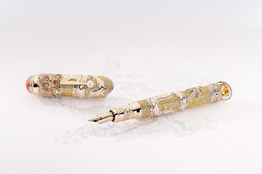 万宝龙推出限量版宝石钢笔 致敬「康熙皇帝」