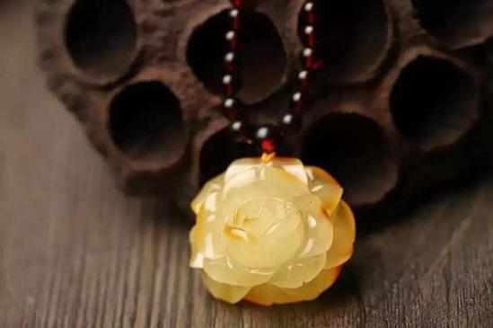 悉数中国3个琥珀蜜蜡产地
