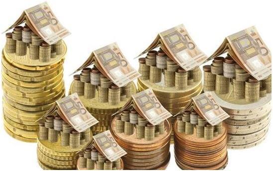 多重利空黄金消息登场 国际金价小跌收盘?