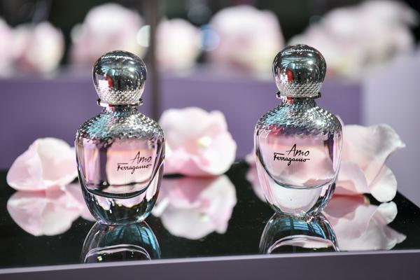 菲拉格慕精选女士香水与你共赴春日之约