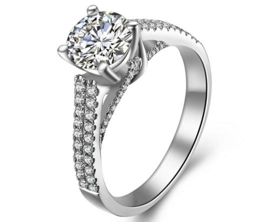 定制钻石戒指的价格受什么影响