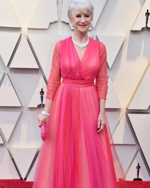 英国影星海伦·米伦佩戴海瑞温斯顿出席第91届奥斯卡