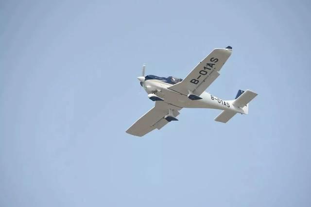 """GA20首次公开试飞 """"高新造""""飞机惊艳全国"""