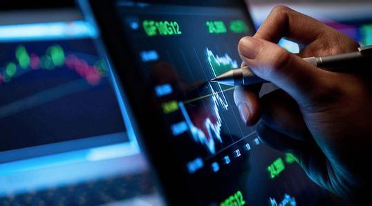 现代货币理论政策是否过度 汇率或扮演金丝雀