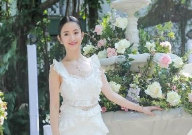林依晨出席Pandora春季新品发表会