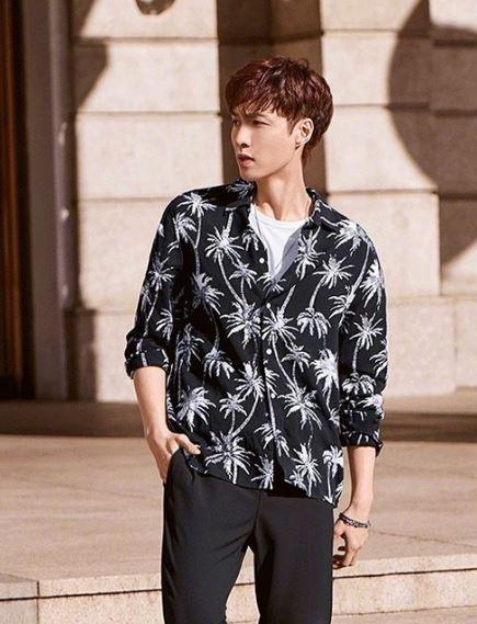 张艺兴成为H&M首位大中华区年度代言人