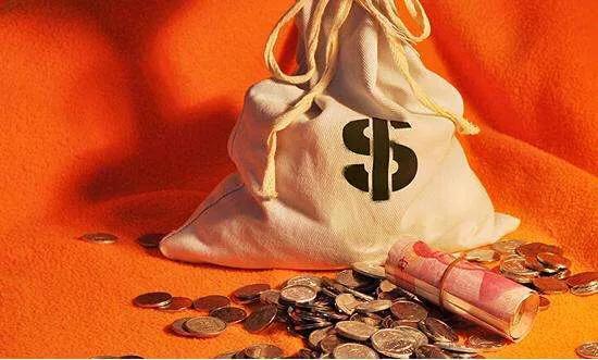 为什么现在银行的存款压力越来越大?