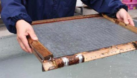 庄富泉:千年竹纸守护者