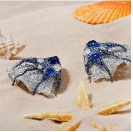 在Cindy Chao的珠宝世界里观赏海洋生物的缤纷多彩