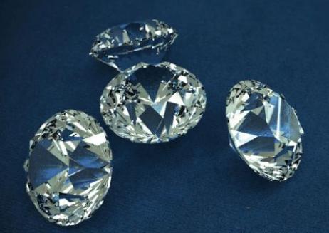 """为什么尼泊尔钻石""""白菜价"""" 大家却不愿去买"""