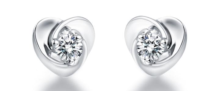合成材料假冒钻石 3万元打水漂