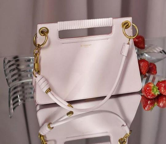 GIVENCHY纪梵希推出情人节限量款WHIP手袋