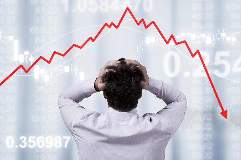 美债收益率继续倒挂 美元反涨黄金遭强阻