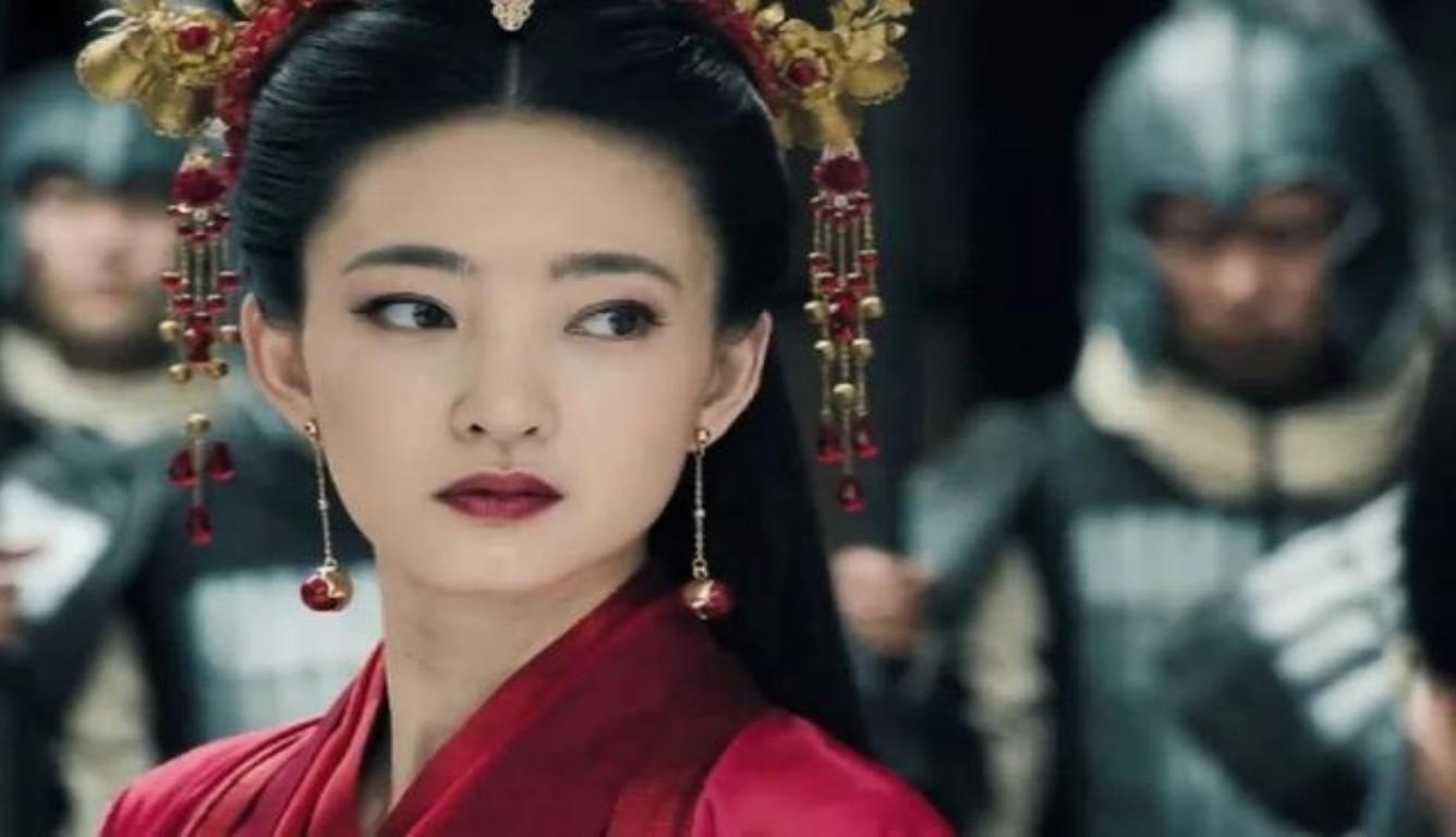 """王丽坤演妲己 被网友称为""""最清纯版妲己"""""""
