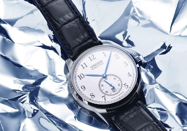 大气的男士风度 宇联1893系列小秒针腕表