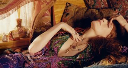 Gucci全新首饰广告形象大片 展现随心所欲的自由精神