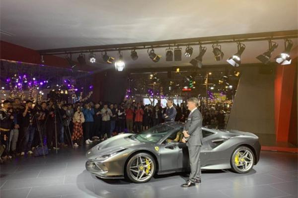 法拉利全新F8 Tributo上海首秀 售价298.8万元起