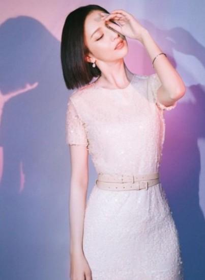 佟丽娅佩戴钻石世家珠宝出席电影发布会