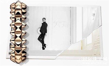 模特卡雅·斯考达里奥完美诠释卡地亚Clash de Cartier系列的双面魅力