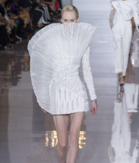 总觉得裙子不够美? 可能是少了点ta